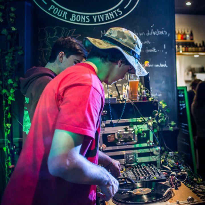 Reggae Dub à Six pieds sur Terre